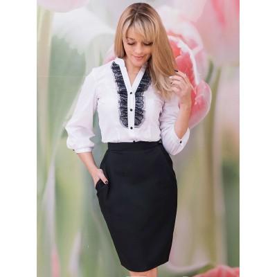 00576 Блуза белая из хлопка с черным кружевом