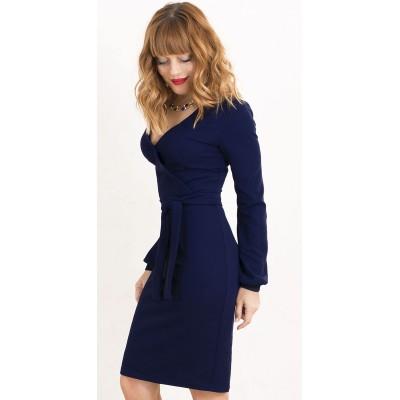 00430 Платье-футляр из фактурного трикотажа синее